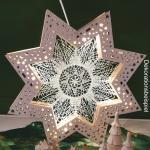 LED light star made ov wood